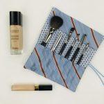 Kosmetikpinsel aufbewahren