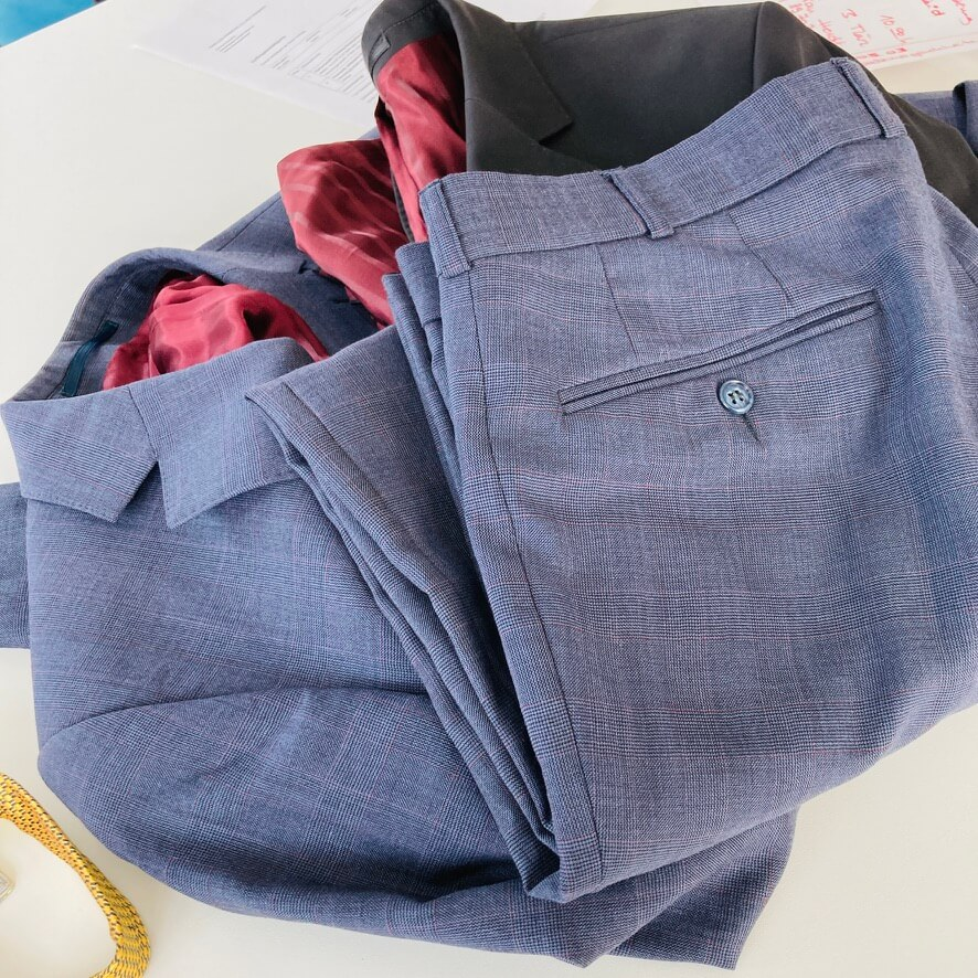 Was tun mit alten Anzügen
